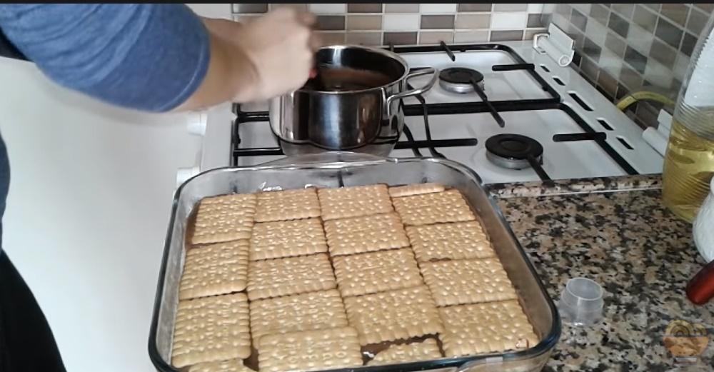 Petibör Bisküvili Pasta Tarifi