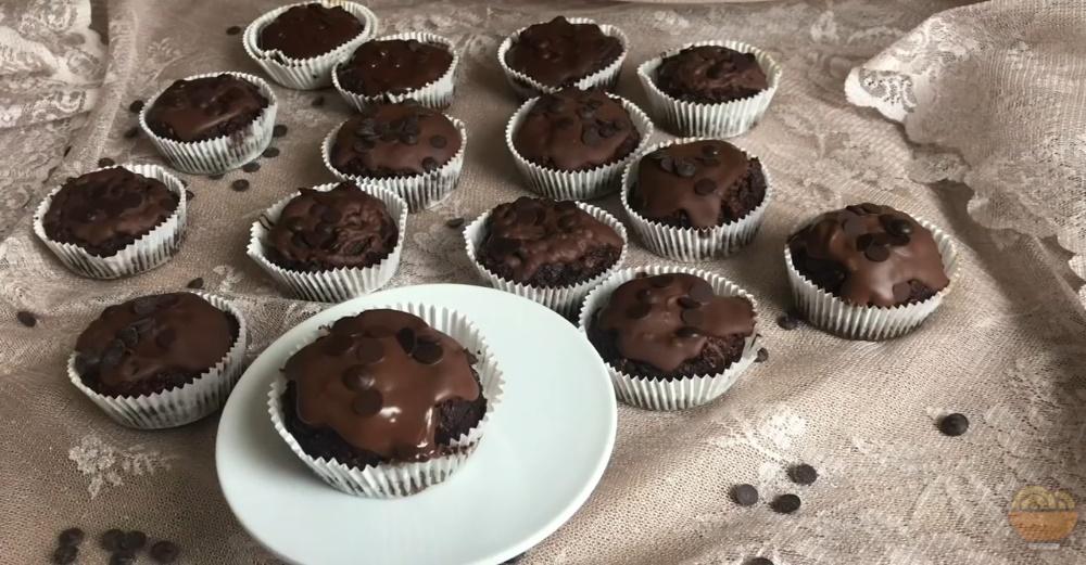 Şekersiz Yağsız Kakaolu Muffin Tarifi